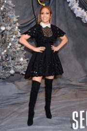 Jennifer Lopez at Second Act Photocall in Los Angeles 2018/12/09 9