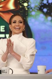 Jennifer Lopez at The View Show 2018/12/12 5