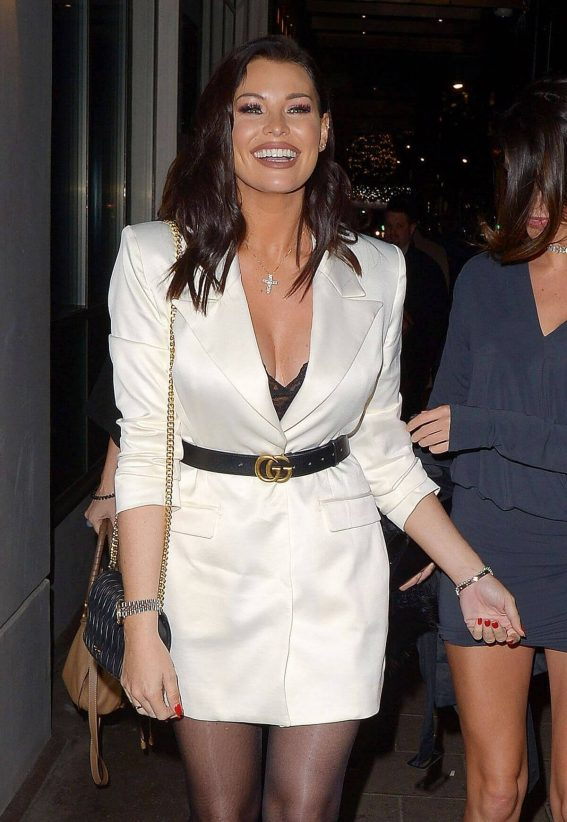 Jessica Wright at Mayfair Hotel Bar in London 2018/12/14 1