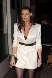 Jessica Wright at Mayfair Hotel Bar in London 2018/12/14 6