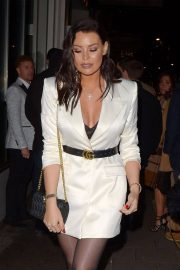 Jessica Wright at Mayfair Hotel Bar in London 2018/12/14 10
