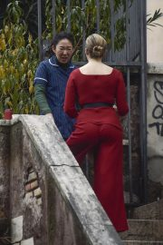 Jodie Comer and Sandra Oh on the Set of Killing Eve, Second Season in Rome 2018/12/04 7