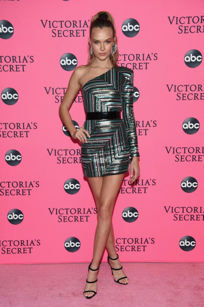 Josephine Skriver at Victoria's Secret Viewing Party in New York 2018/12/02 1