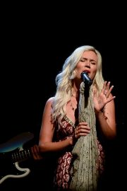 Joss Stone Performs at a Concert in Sao Paulo 2018/12/05 6