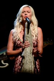 Joss Stone Performs at a Concert in Sao Paulo 2018/12/05 10