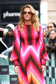 Julia Roberts at AOL Build Series in New York 2018/12/03 4