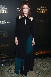 Julianne Moore at L'Oreal Paris Women of Worth Celebration in New York 2018/12/05 4