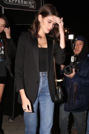 Kaia Gerber at Dave Chappelle and John Mayer's Shat Peppermint Club in West Hollywood 2018/12/27 9