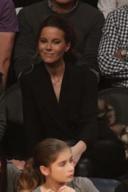 Kate Beckinsale at Lakers vs Indiana Pacers Game at Staples Center 2018/11/29 4