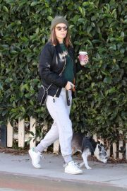 Kate Mara and Jamie Bell Out with Their Dogs in Los Angeles 2018/12/15 3