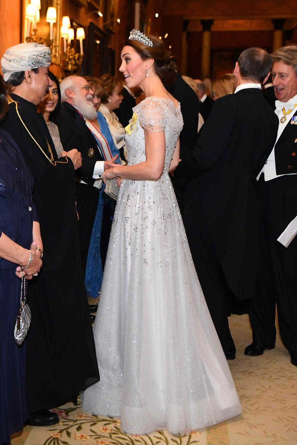 Kate Middleton at Evening Reception for Members of Diplomatic Corps at Buckingham Palace in London 2018/12/04 1