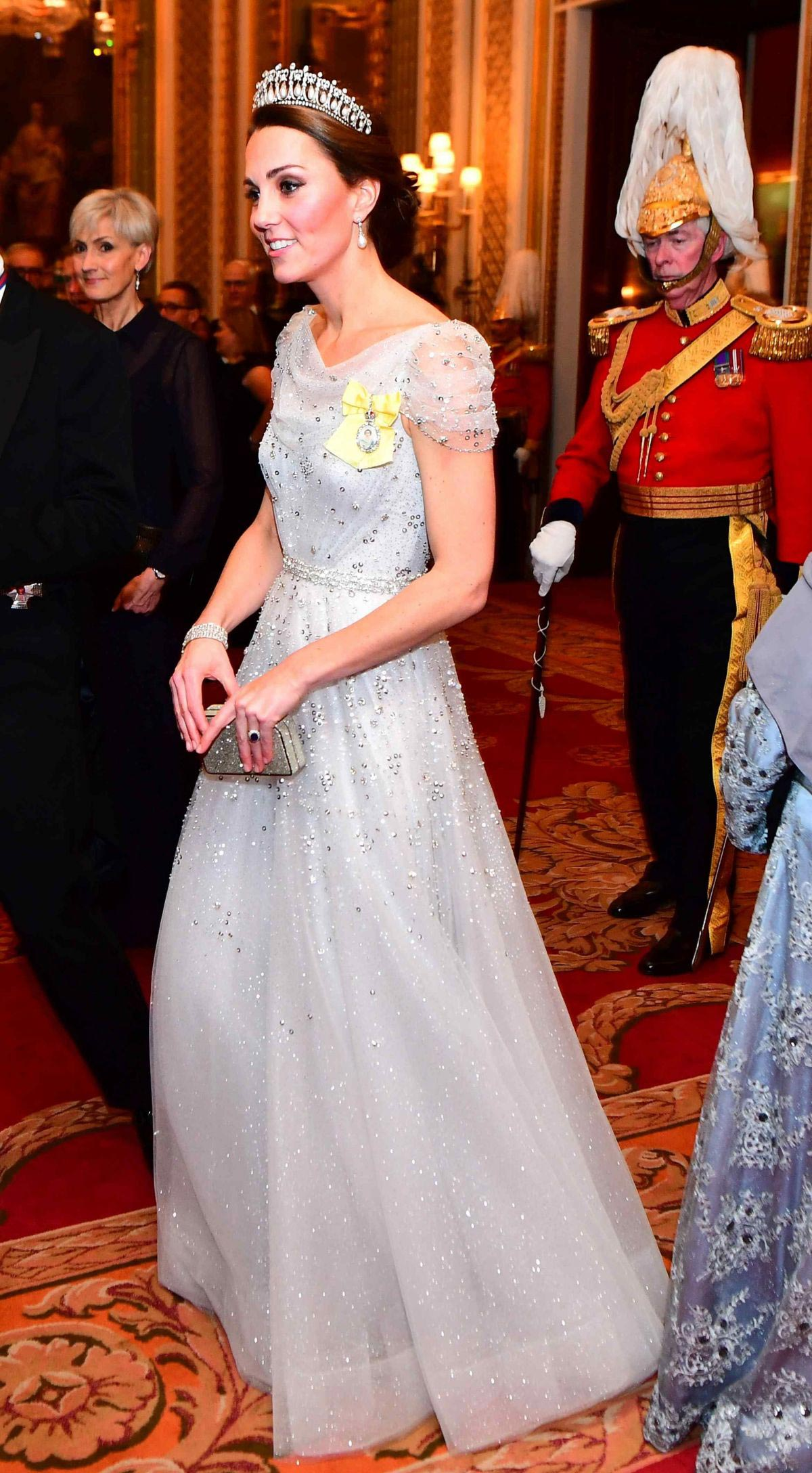 Kate Middleton at Evening Reception for Members of Diplomatic Corps at Buckingham Palace in London 2018/12/04