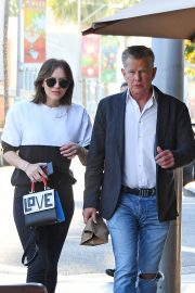Katharine McPhee and David Foster Il Pastaio Restaurant in Beverly Hills 2018/12/15 7