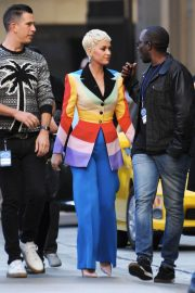 Katy Perry arrives on The Set of American Idol in Los Angeles 2018/12/13 1