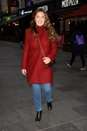 Kelly Brook Arrives at Global House in London 2018/12/04 3