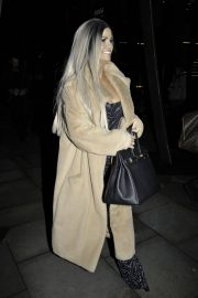 Kerry Katona Night Out in Manchester 2018/12/10 5
