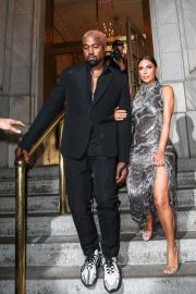 Kim Kardashian and Kanye West at Cher Musical in New York 2018/12/03 5