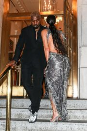 Kim Kardashian and Kanye West at Cher Musical in New York 2018/12/03 8