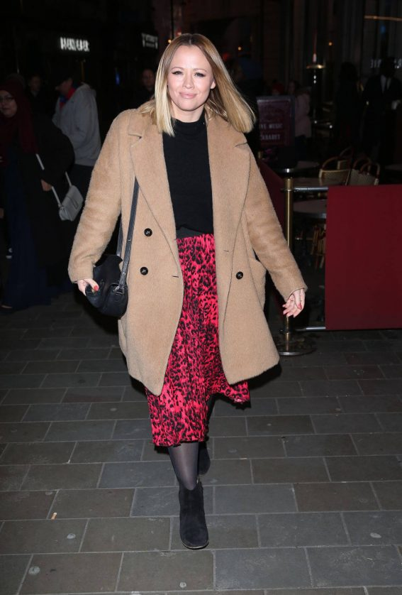 Kimberley Walsh Arrives at Gaby Roslin Special Christmas Show in London 2018/12/09 5