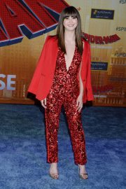 Kimiko Glenn at Spider-man: Into the Spider-Verse Premiere in Hollywood 2018/12/01 5