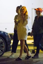 Kirsten Dunst on The Set of On Becoming a God in Central Florida in Louisiana 2018/12/04 3