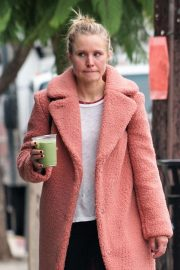 Kristen Bell Out and About in Los Feliz 2018/12/05 3