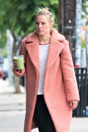 Kristen Bell Out and About in Los Feliz 2018/12/05 9