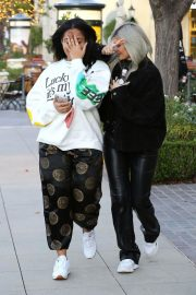 Kylie Jenner and Jordyn Woods Out in Calabasas 2018/12/01 8