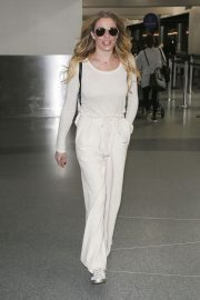 LeAnn Rimes at LAX Airport in Los Angeles 2018/12/26 8