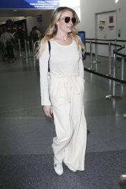 LeAnn Rimes at LAX Airport in Los Angeles 2018/12/26 9