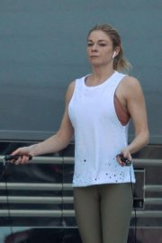 LeAnn Rimes Working Out Before Her Christmas Show in Palm Desert 2018/12/15 1