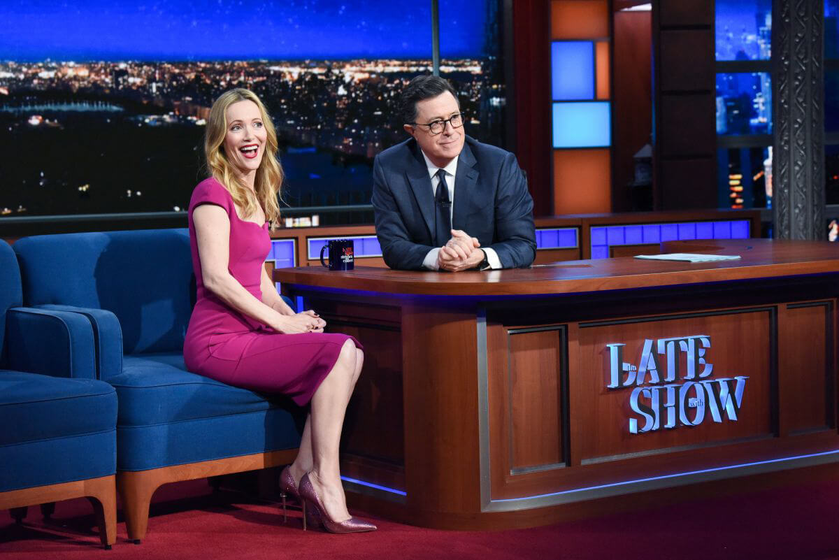 Leslie Mann at The Late Show with Stephen Colbert 2018/12/12 1