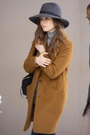 Lily Collins at JFK Airport in New York 2018/12/02 6