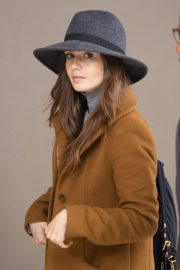 Lily Collins at JFK Airport in New York 2018/12/02 7
