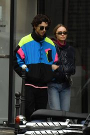 Lily-Rose Depp and Timothee Chalamet Out in Paris 2018/12/22 7