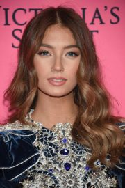 Lorena Rae at Victoria's Secret Viewing Party in New York 2018/12/02 2