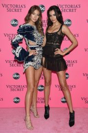 Lorena Rae at Victoria's Secret Viewing Party in New York 2018/12/02 5