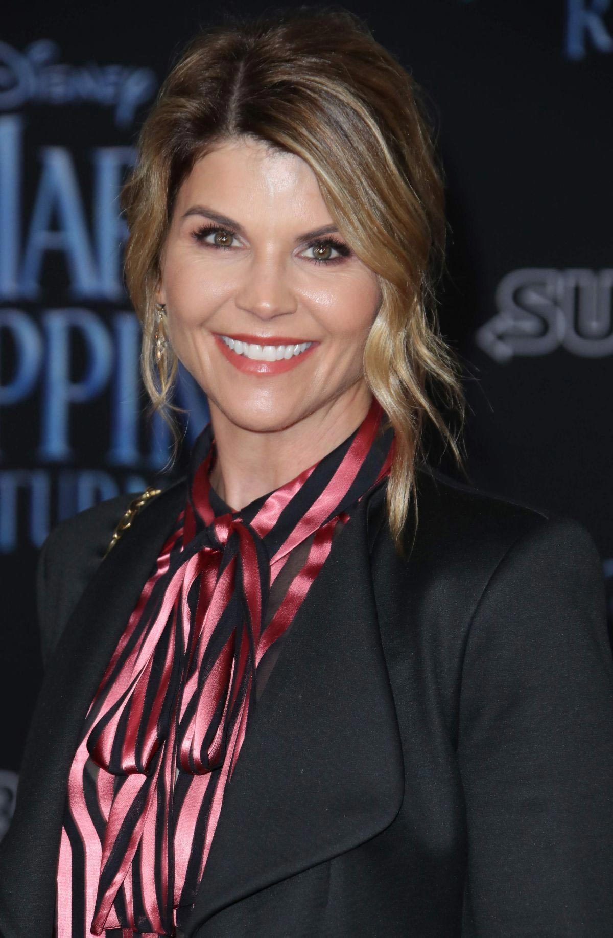 Lori Loughlin at Mary Poppins Returns Premiere in Los Angeles 2018/11/29 1