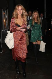 Lottie Moss and Emily Blackwell at Ours Restaurant in London 2018/11/29 8