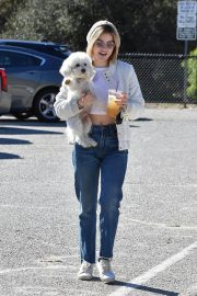Lucy Hale at a Dog Park in Los Angeles 2018/12/08 5