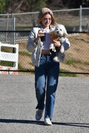 Lucy Hale at a Dog Park in Los Angeles 2018/12/08 10