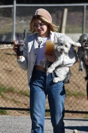 Lucy Hale at a Dog Park in Los Angeles 2018/12/08 11