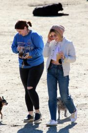 Lucy Hale at a Dog Park in Los Angeles 2018/12/08 12