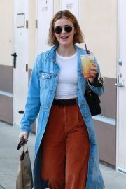 Lucy Hale Out and About in Studio City 2018/12/16 5