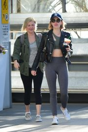 Lucy Hale Out for a Coffee with a Friend in Los Angeles 2018/12/01 6