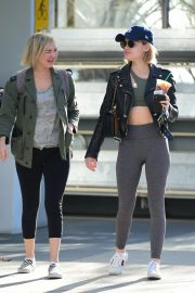 Lucy Hale Out for a Coffee with a Friend in Los Angeles 2018/12/01 9