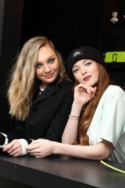Maddie Ziegler at Daisy Marc Jacobs Popup Newsstand in New York 2018/12/05 4