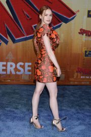 Madelaine Petsch at Spider-man: Into the Spider-verse Premiere in Hollywood 2018/12/01 3