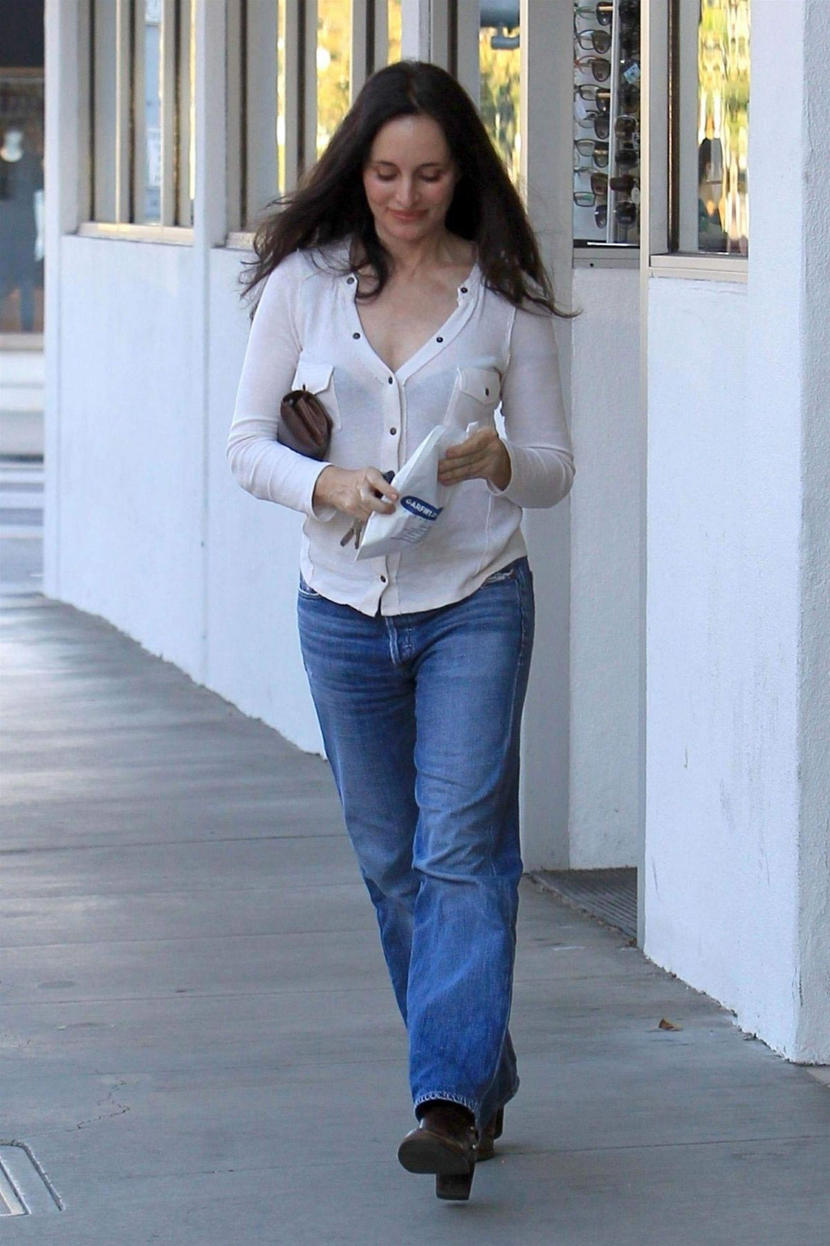 Madeleine Stowe Out Shopping in Beverly Hills 2018/12/03