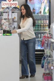 Madeleine Stowe Out Shopping in Beverly Hills 2018/12/03 6